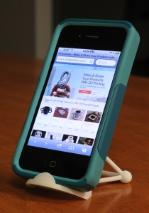 Tetrahedral iPhone Stand